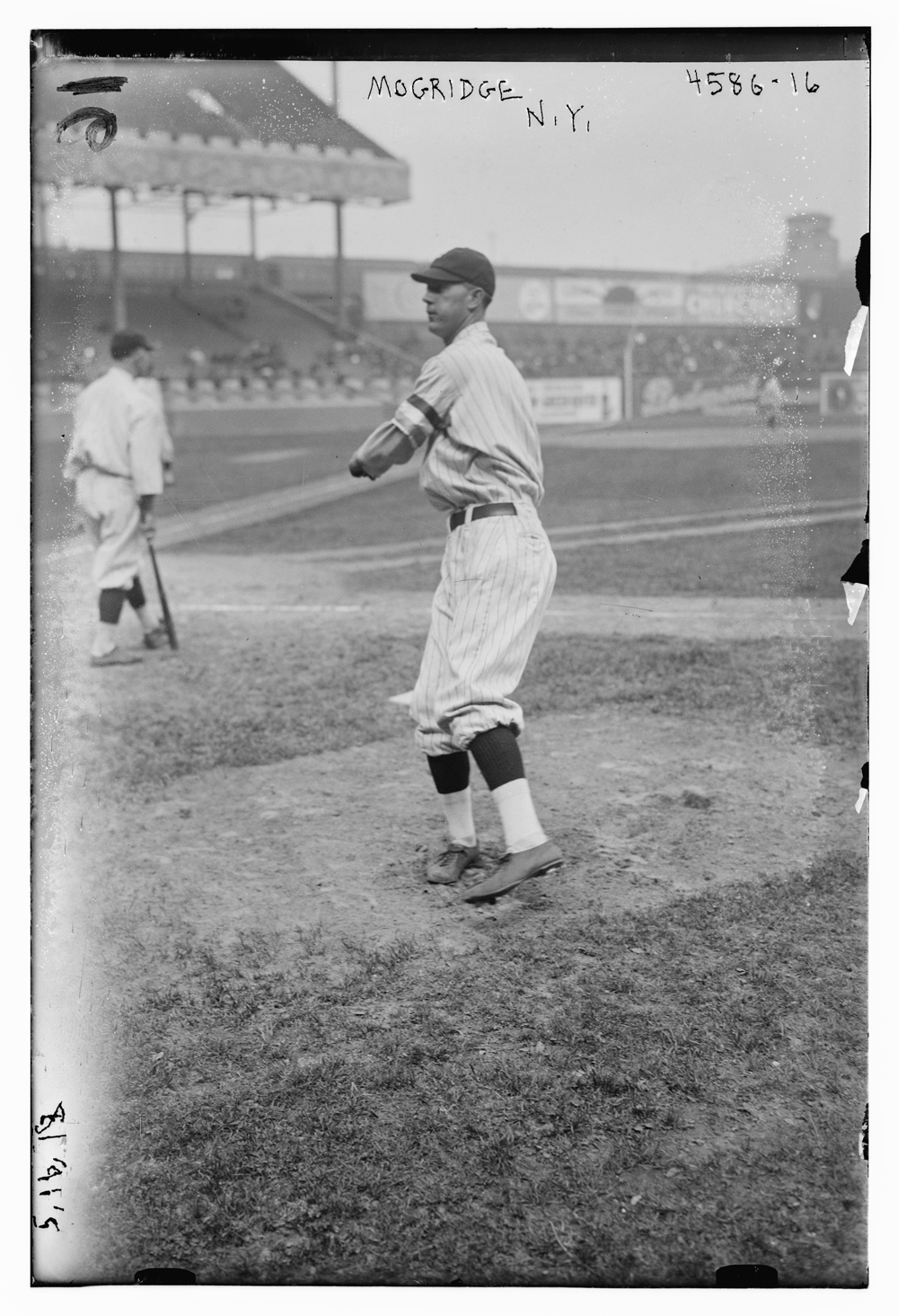 Defected in mid-May from the New York Yankees to the ship- building league, prompting a tirade from manager Miller Huggins against the aggressive recruiting.