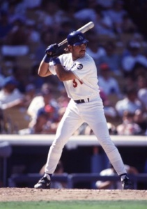 Mike Piazza: hit 177 homers for the Los Angeles Dodgers