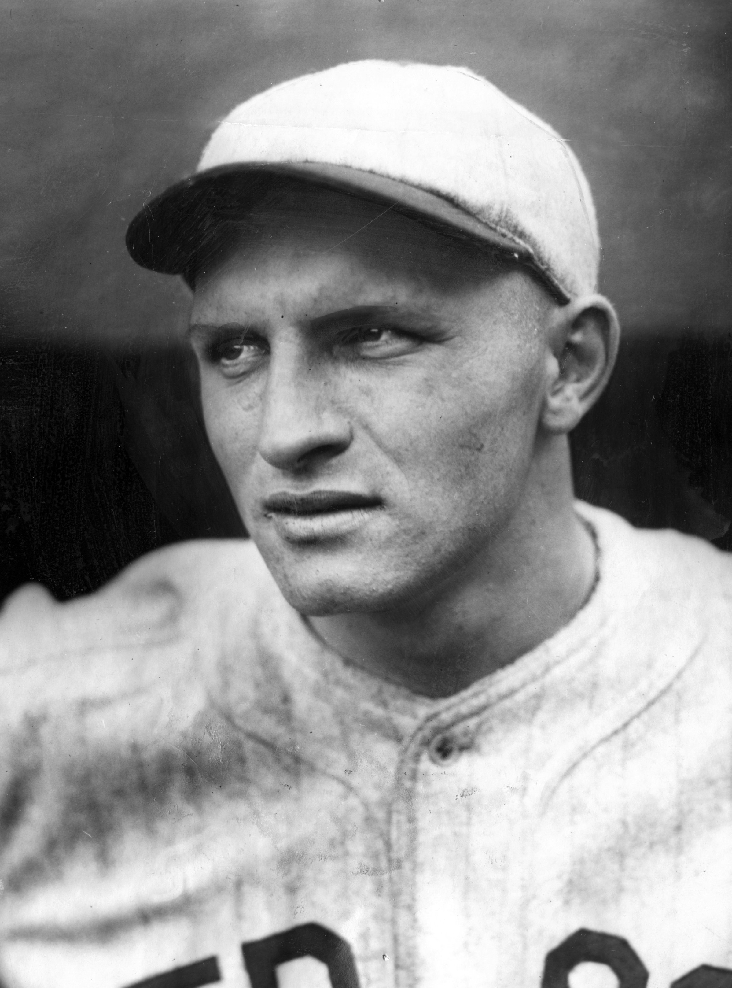 A fine defensive shortstop, helped the Tigers win the AL title in 1934 and the World Series in 1935.
