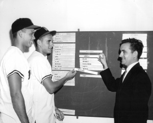 "Roland Hemond: Los Angeles Angels executive, right, talks with two 1961 USC ""bonus babies"", Dan Ardell, left, and Tom Satriano."
