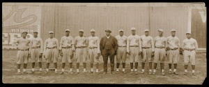 "1916 Chicago American Giants: Edgar ""Blue"" Washington is fifth from right."