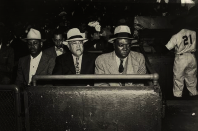 "Pittsburgh racketeer Rufus ""Sonnyman"" Jackson (at right) provided Grays   owner Cum Posey with the money he needed to lure many of the Negro Leagues   best ... 1f1ab62c3d97"