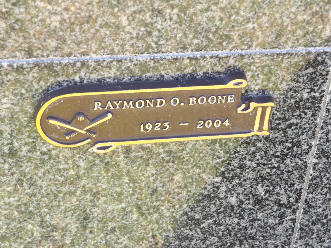 Ray Boone grave marker