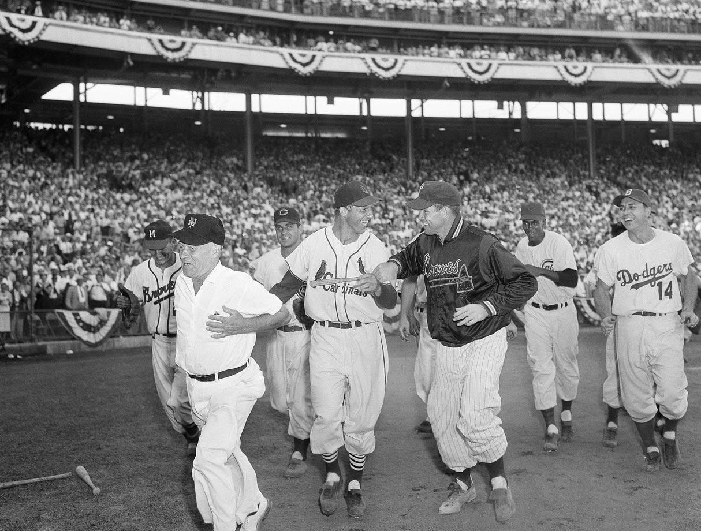Milwaukee ball batter scene 2
