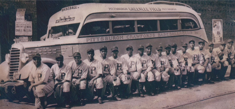 From left: O. Charleston, J. Crutchfield, D. Seay, S. Bankhead, B. Harvey, S. Streeter, B. Perkins, C. Williams, T. Smith, H. Kincannon, J. Johnson, Cool Papa Bell, L. Matlock, E. Carter, J. Gibson, J. Washington, S. Paige, E. Dunkin.