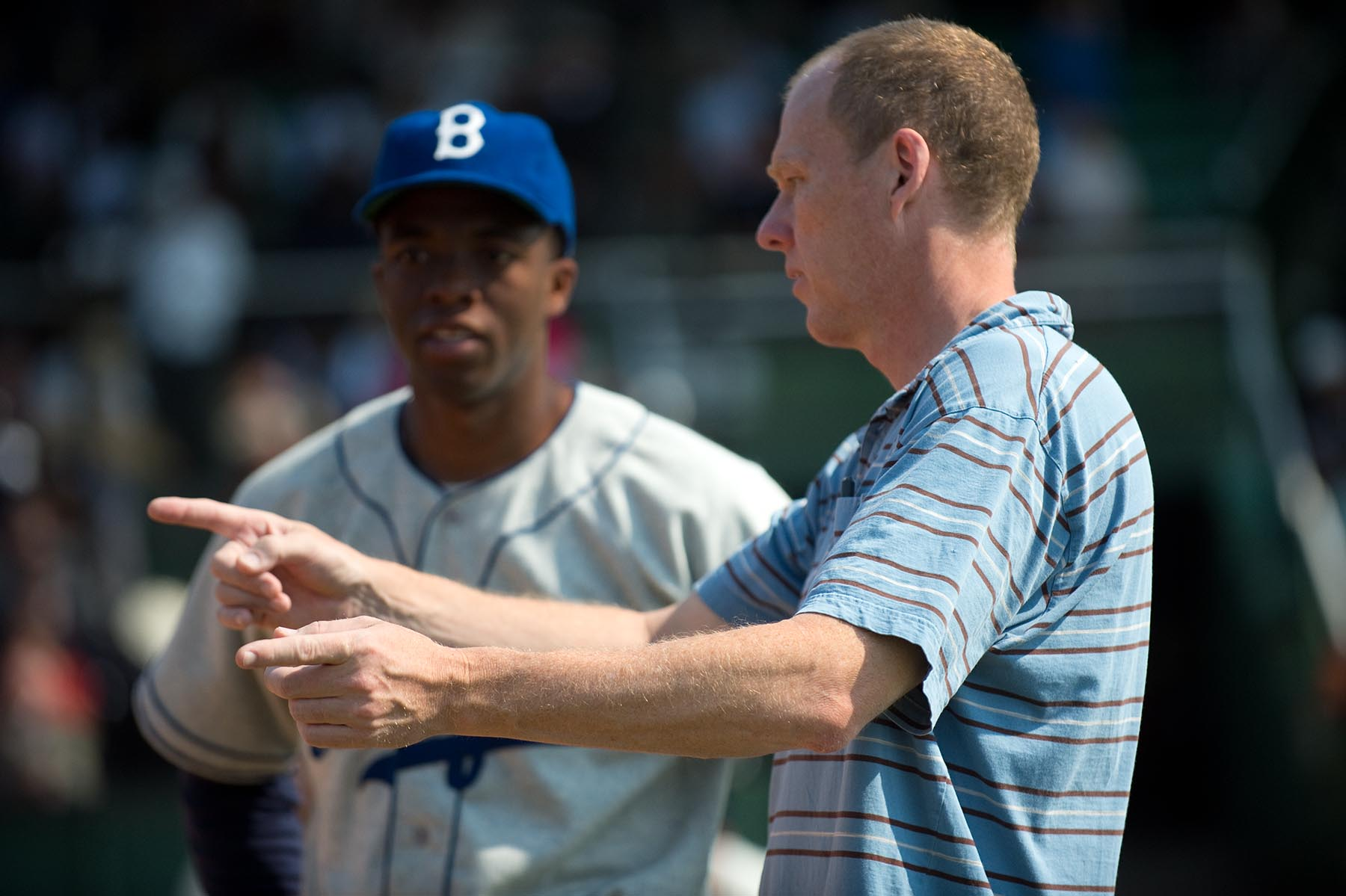 Filmmaker Brian Helgeland brings Jackie Robinson legend to life in ...