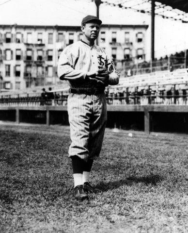 Chicago Cubs legend was 17-8 for the 1915 Whales at age 38.
