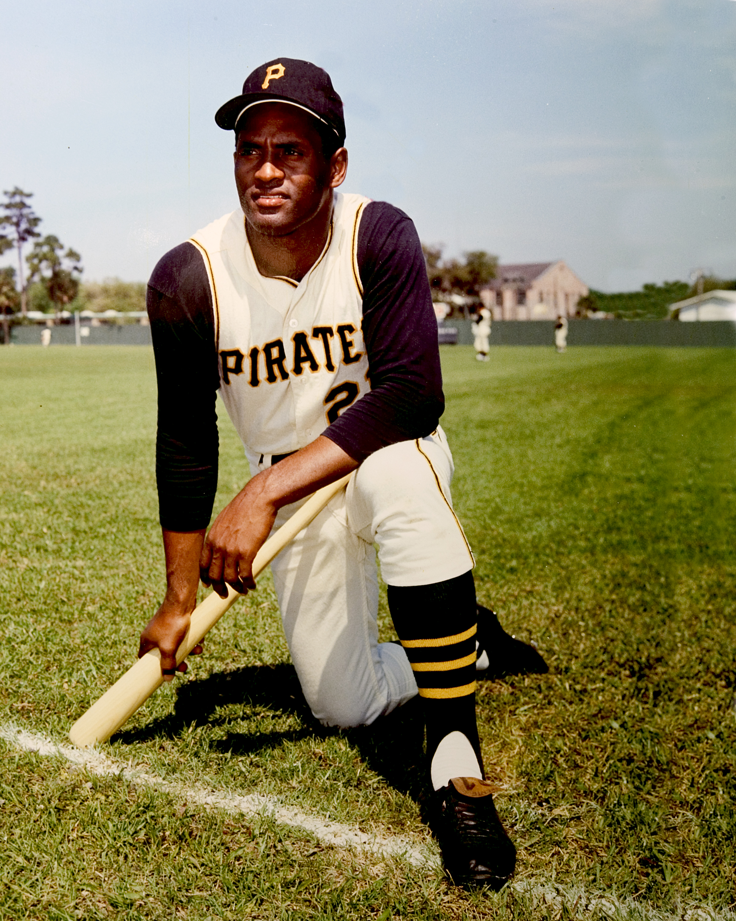 huge selection of efd3c 4b8ac Roberto Clemente | Society for American Baseball Research